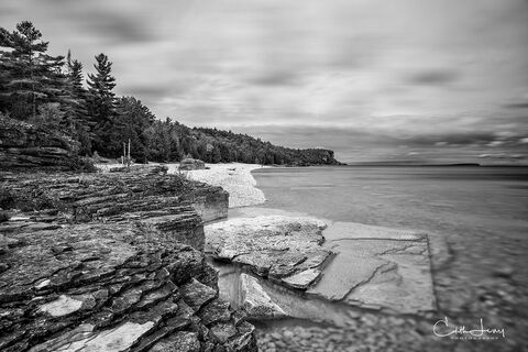 Halfway log dump, Emmett lake, Bruce Trail, Bruce Peninsula National Park, grotto