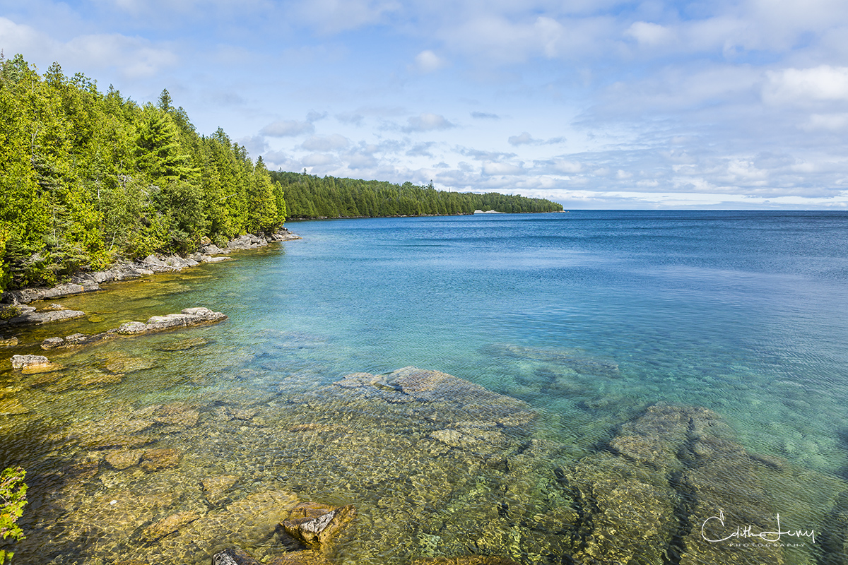 Tobermory, Bruce Peninsula, National Park, Fathom Five Marine National Park, grotto, cliffs, turquoise water, Acadia National Park,  Maine, Ontario, photo