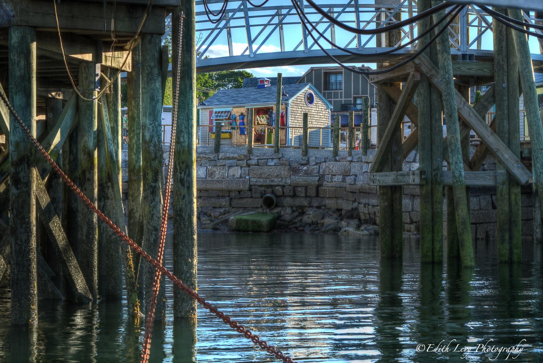 lobster pound, restaurant, Bar Harbour, Maine, pier, Stewmans, photo