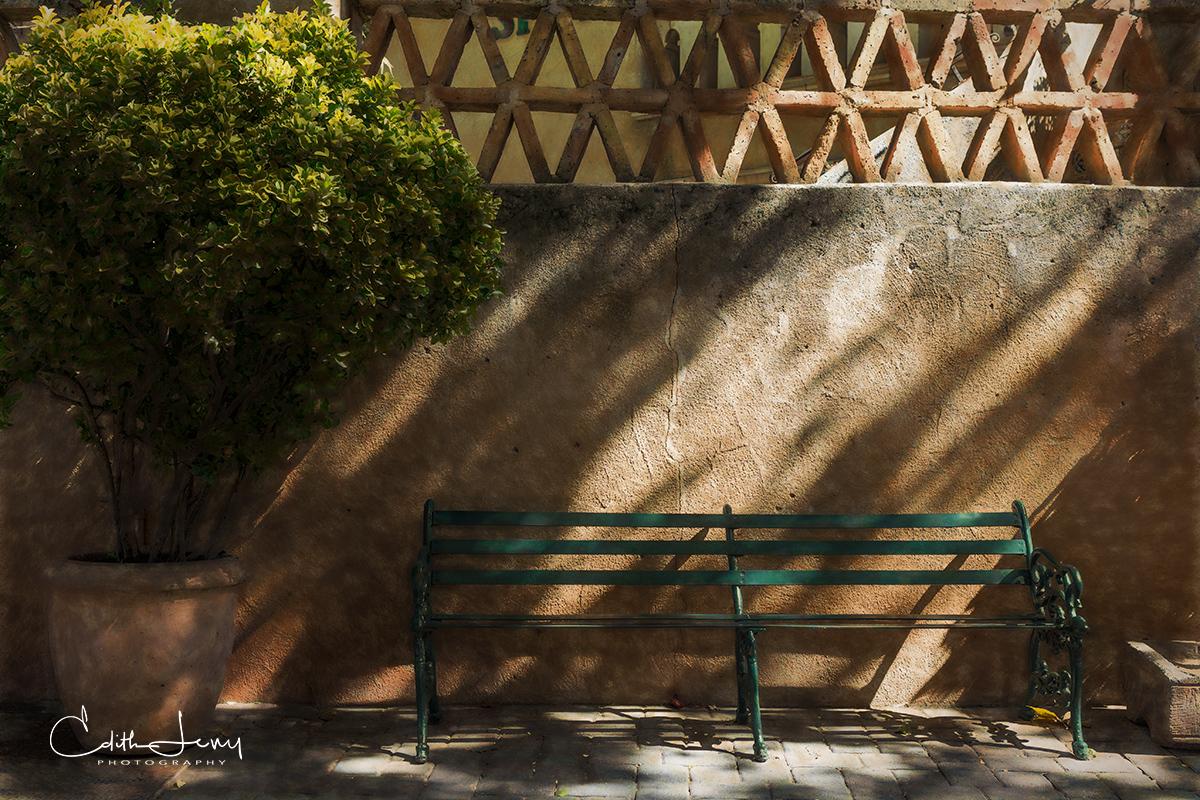 Sedona, Arizona, Tlaquepaque, shopping village, bench, shadows, photo