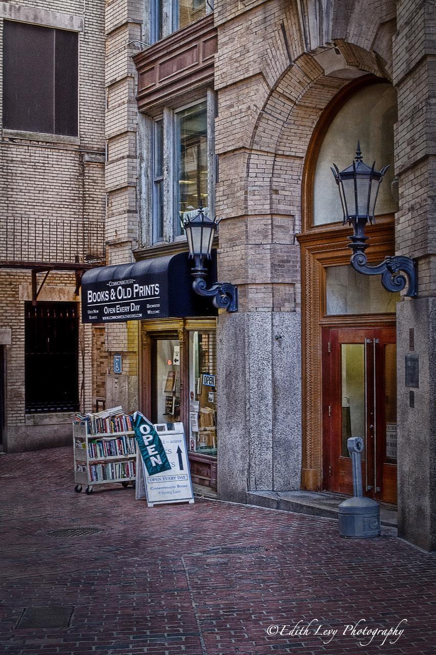 Boston, Massachusetts, books, old prints, photo