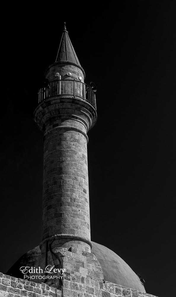 Akko, Israel, mosque, minaret, black and white