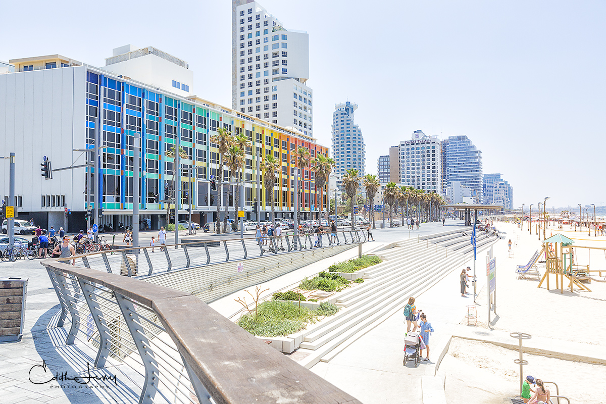 Limited Edition of 50 This one is special to me. The image, the location and the place. The Dan Tel Aviv built in 1953 was the...