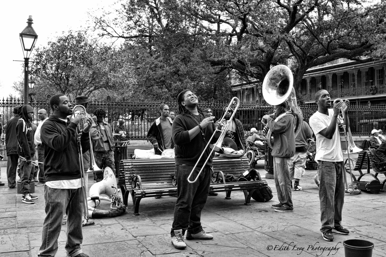 New Orleans, Louisiana, Jackson Square, French Quarter, street performers, photo