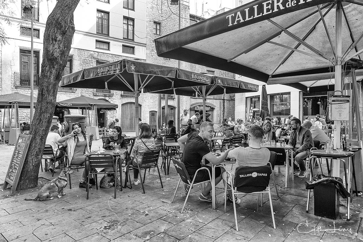 Barcelona, Spain, street scene, outdoor dining, black and white, street photography, restaurent, outdoor, dining