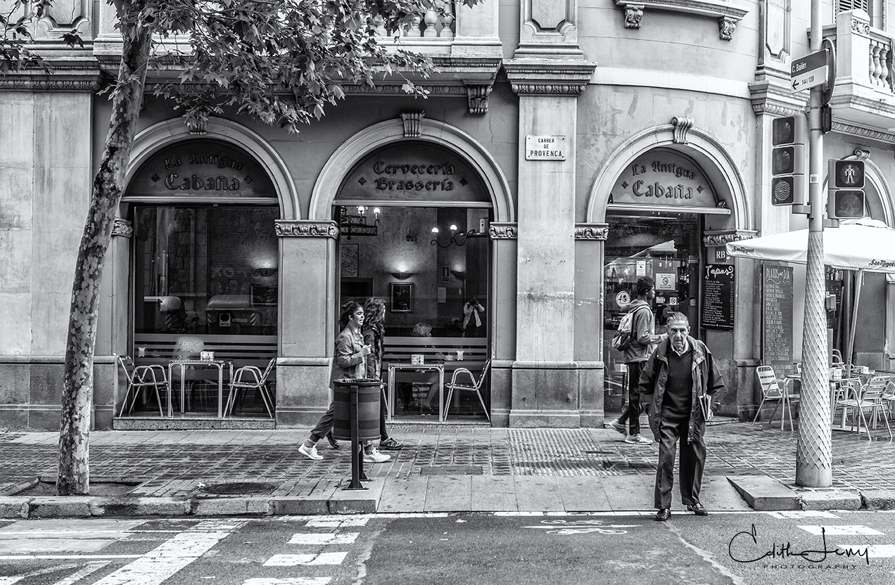 Barcelona, Spain, street scene, black and white, street photography, restaurent