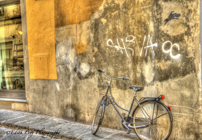 Florence, Italy, wall, art, street art, graffiti, bicycle