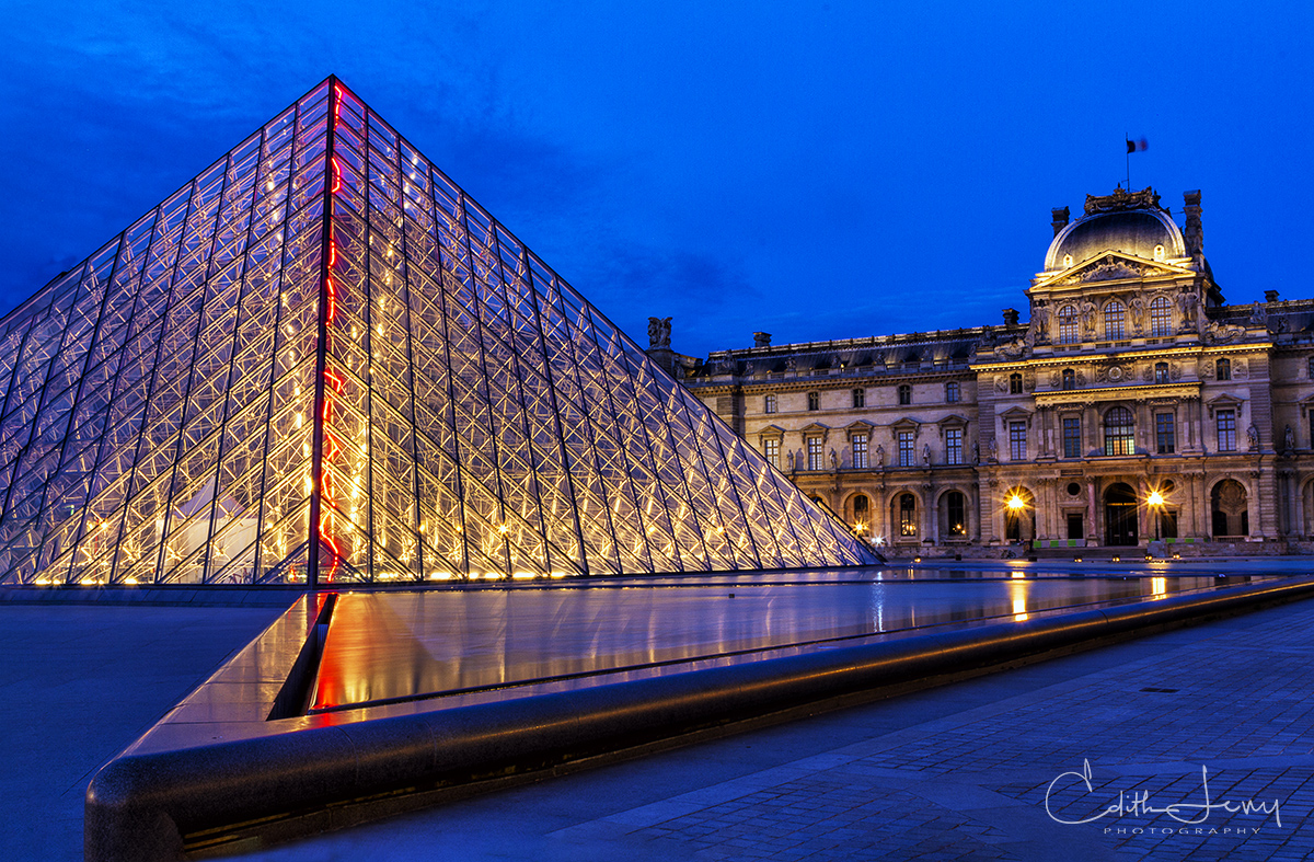 Louvre Museum; Paris, France, Pyramid; sunset, blue hour, photo