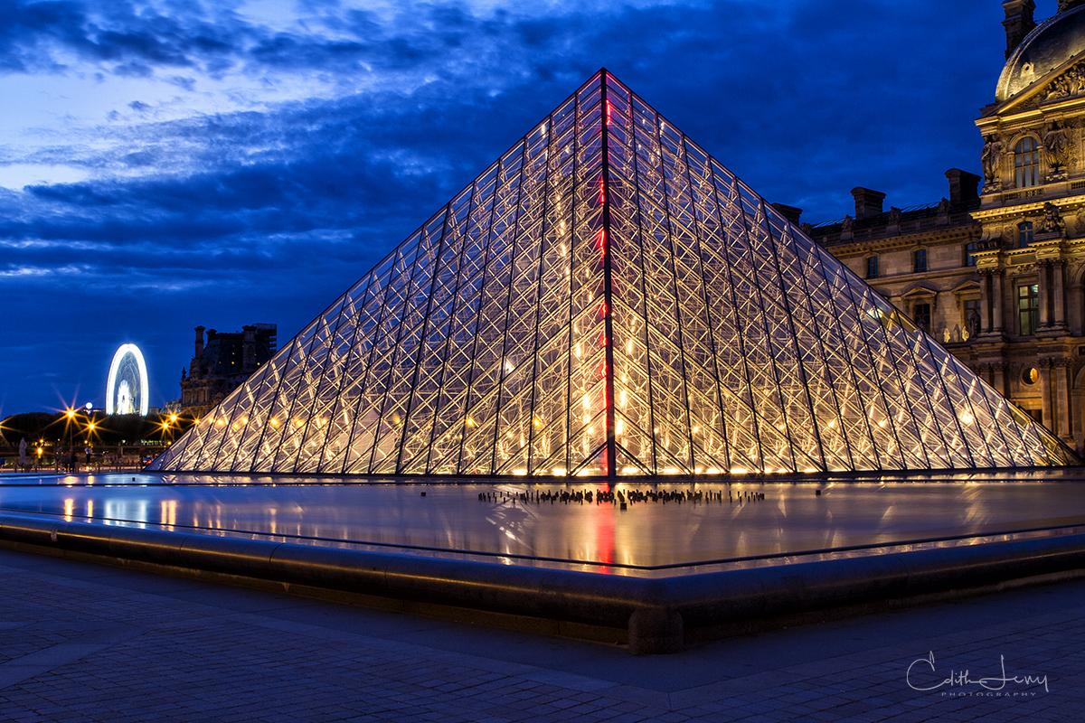 Louvre Museum; Paris, France, Pyramid; sunset, blue hour, photo